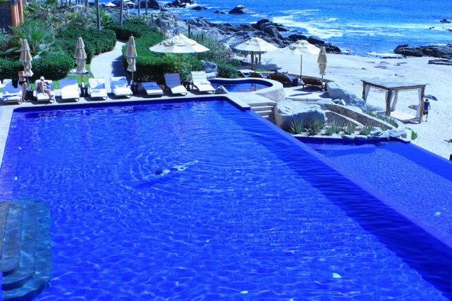 Hotel Side of Esperanza