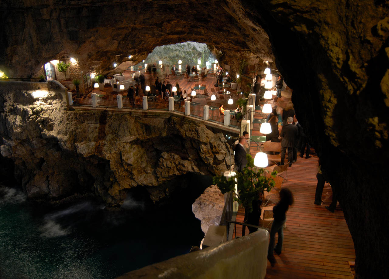 Restaurant In A Cave Polignano A Mare Italy The Highlanders
